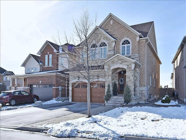 56 Twin Hills Cres